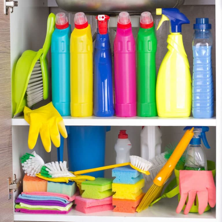 cluttered-cupboard-full-of-hazardous-cleaning-products
